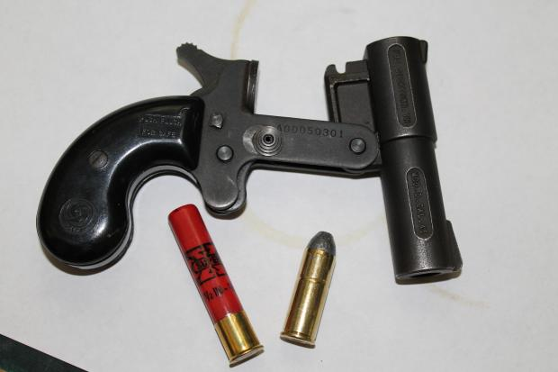 Is anyone familiar with this pocket cannon??? Derringer - Survival